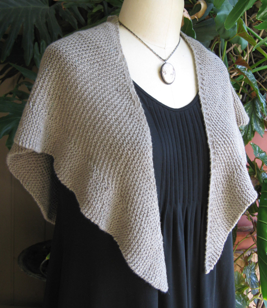 Free Knitting Patterns For Small Shawls : To Eyre ...